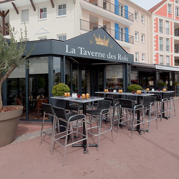 La Taverne des Rois : Terrasse extérieure